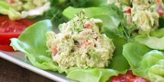 These Avocado Tuna Salad Lettuce Wraps with solid white tuna, avocado, fresh dill, mayo and sweet relish, are a delicious and great low carb lunch or snack. Vege Burgers, Avocado Tuna Salad, 17 Day Diet, Healthy Menu, Low Carb Lunch, Lettuce Wraps, Best Appetizers, Salad Recipes, Party Recipes