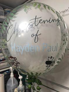Celebration Balloons, Balloon Decorations, Christmas Bulbs, Holiday Decor, Home Decor, Manualidades, Decoration Home, Christmas Light Bulbs, Room Decor