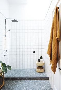Geneva Vanderzeil of stylish DIY website *A Pair & A Spare* teams up with her designer partner to revive a Brisbane fixer-upper. Home decor / Interior design / Bathroom shower white tiles Bathroom Interior Design, Decor Interior Design, Interior Decorating, Interior Livingroom, Interior Doors, Interior Lighting, Bad Inspiration, Bathroom Inspiration, Modern Bathroom