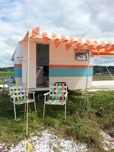 Claris,newly renovated and much adored retro caravan.