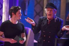 """Few shows can boast acting pedigree like """"Vicious,"""" the British sitcom in its U. premiere this summer on PBS. Ian McKellan & Derek Jacobi play an aging gay couple with sharp tongues & big hearts. EDGE spoke to creator Gary Janetti about the show. Lgbt Groups, Sir Ian Mckellen, Iwan Rheon, British Sitcoms, Dynamic Duos, Hbo Series, Partners In Crime, Gay Couple, Misfits"""