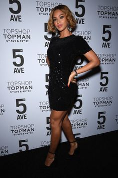 Beyonce Knowles Photos Photos - Beyoncé Knowles attends the Topshop Topman New York City flagship opening dinner at Grand Central Terminal on November 4, 2014 in New York City. - Topman New York City Flagship Opening Dinner