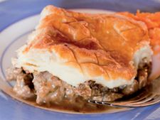 James Whelan Butchers: Steak and Kidney Pie - James Whelan Butchers Ireland Steak And Kidney Pie, Irish Beef, Spanakopita, Main Meals, Beef Recipes, Entrees, Ireland, Ethnic Recipes, Desserts