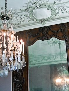 #mirror #chandelier #stucco