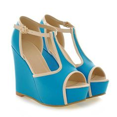 Sweet Women's Sandals With T-Strap and Wedge Design