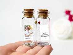 Bridesmaid proposal Will you be my bridesmaid Maid of Honor Flower Girl Polaroid Mini Message in bottle bridesmaid gift gift with Photo Bridesmaid Proposal, Bridesmaid Gifts, Bridesmaid Dresses, Prom Dresses, Diy Birthday, Birthday Gifts, Bride Gifts, Wedding Gifts, Flower Girl Photos