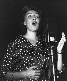 """Vera Lynn - """"Sweetheart of the Forces""""."""