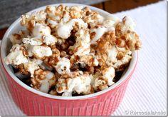Gourmet Cinnamon Bun Popcorn Recipe  http://www.remodelaholic.com/2012/03/gourmet-cinnabon-popcorn-recipe/