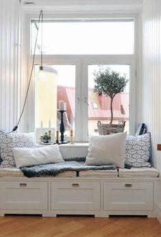 Sitzecke am Fensterbank haus