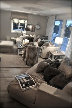A great way to make grey come to life in your living room - www.chasingbeads.co.uk