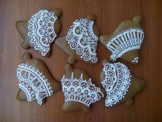 Vánoční perníčky MB 2018 Christmas Gingerbread, Gingerbread Cookies, Christmas Cookies, Spice Cookies, Sugar And Spice, Cookie Jars, Royal Icing, Xmas Decorations, Cookie Decorating