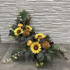 Funeral Flower Arrangements, Funeral Flowers, Flower Arrangement Designs, Ikebana, Artificial Flowers, Flower Power, Floral Wreath, Wreaths, Halloween