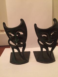 Vintage Pair of Comedy and Tragedy Theatrical Bookends | 1stdibs.com