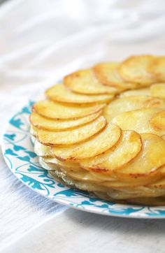 ~Elra's Cooking~: Simply Delicious Welsh Potato and Onion Cake This is a dish to impress company!