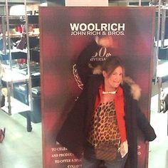 What does a parka make me feel? Con esta seguridad que me da la Woolrich me como el mundo y por eso …necesito tenerla #yubeloveswoolrich @Beatriz Puras