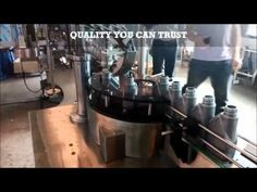 Engine Oil Lubricant Filling Machine , Lube Oil filling line  , Oil fillers