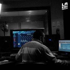 Via Instagram LAEMINENCIAreal Hay quienes tienen mucho que ofrecer diciendo y poco o nada haciendo... Allí de ve quien es quien #LaEminencia  @laqadramusic #studioflow #estudiodegrabacion . . . . . . .  #productormusical  #protools #flstudio #dembow #reggaeton #musicaurbana  #beats #producer . . . . . . . . .#siguemeytesigo #beardbrothers #tw