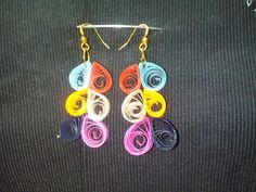 Multicoloured quilled earring