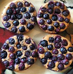 Lemon Chia Blueberry Pancakes shared by toningupcoco. Just add the zest and juice from one lemon, and a tablespoon of chia seeds to your Perfect Fit Protein pancake batter. Then top with blueberries and pop them into the oven at 350 degrees for about 15 minutes. Enjoy!