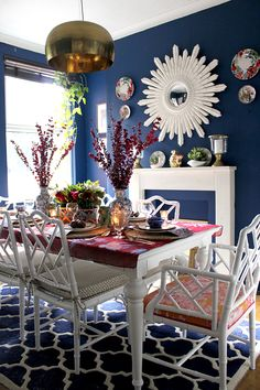 Swoon Worthy - dark blue dining room