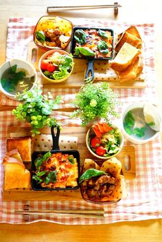 カッティングボード&100均ランチマットで春色テーブルコーディネート☆|暮らしニスタ