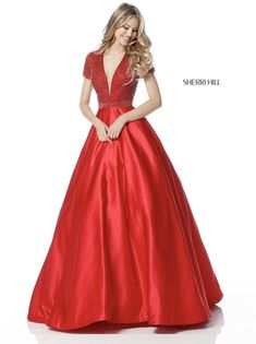 Sherri Hill dresses are designer gowns for television and film stars. Find out why her prom dresses and couture dresses are the choice of young Hollywood. Neon Prom Dresses, Sherri Hill Prom Dresses, Event Dresses, Pageant Dresses, Short Dresses, Satin Dresses, Red Evening Gowns, Beautiful Evening Gowns, Beautiful Prom Dresses