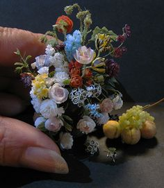 Miniature bouquet - there are amazing miniatures on this Japanese blog. You can choose to translate to English on the blog.