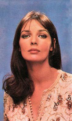 Marie Laforêt Beautiful french actresses Chanteurs
