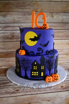 Halloween Theme Birthday Cake 6 Round Over 8 Round Handcut Spooky Houses Bats Moon Hand Painted Trees Gumpaste Jack O Lanterns An Pasteles Halloween, Bolo Halloween, Halloween Cakes, Halloween Treats, Halloween Party, Halloween Costumes, Round Birthday Cakes, Funny Birthday Cakes, Halloween Theme Birthday