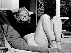 Marilyn looking like a Goddess on a sun lounger