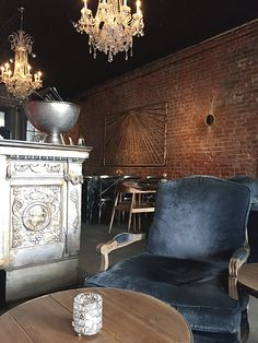 luxe decor in new orlean's tasting room / sfgirlbybay