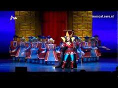Shrek de Musical - Duloc - YouTube Another language but the choreography is fun