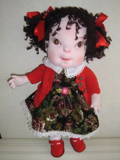 "15""OOAK soft sculpted cloth doll,with removable wardrobe."