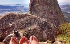 PÉ DE ROLÊ: Pico da pedra