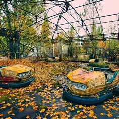 AUTUMN in #Pripyat is comin. in the summer there is almost nothing to be seen. But now #chernobyl amusement park and bumper cars are beautiful. What are You waiting for ? Book your next  #chernobyl #Pripyat tour with us :