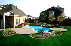 Large backyard landscaping ideas are quite many. However, for you to achieve the best landscaping for a large backyard you need to have a good design. Landscaping Around Pool, Front House Landscaping, Large Backyard Landscaping, Swimming Pool Landscaping, Backyard Pool Designs, Small Backyard Design, Small Backyard Landscaping, Backyard Patio, Landscaping Ideas
