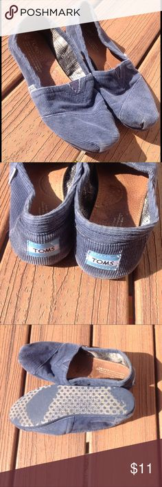 Tom's Corduroy Shoes Sz 7 Navy blue cords from Tom's.  Minor fading to color throughout. Toms Shoes Flats & Loafers
