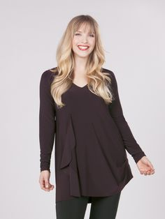 - Description - About the Designer - Sizing Info Inspired by Sympli's dress of the same name, this funky tunic has a v-neck with draping at side and pleat detail at opposite hem. Long sleeves. - Stret