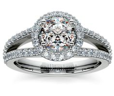 Engagement Ring. #engagementrings #engagement #engagementjewelry
