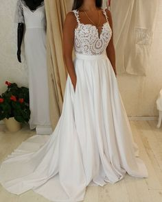 Spaghetti Strap Sweetheart Neck Lace Top Wedding Dress with Pocket on Skirt,apd2406