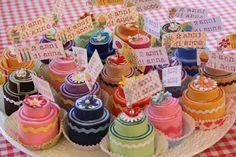 tortine di feltro porta foto (regalini da dare agli invitati della festa!!)
