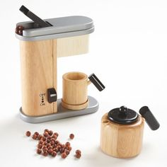 Suppliers of Espresso machines, parts and barista supplies - http://www.espressomix.com/
