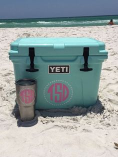 Yeti Cooler Circle Monogram Decal by MarleysMonograms on Etsy so cute for the besch or even for parties Circle Monogram, Monogram Decal, Monogram Gifts, Monogram Initials, Silhouette Projects, Silhouette Cameo, Silhouette Machine, Summer Fun, Summer Time