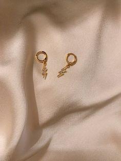 Ear Jewelry, Dainty Jewelry, Cute Jewelry, Jewelery, Jewelry Accessories, Fashion Accessories, Fashion Jewelry, Swag Fashion, Dope Fashion