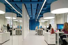 OPTIMEDIA Media Agency Office by Nefa Architects (9)