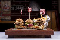 Burgers Tex Mex, Burgers, Cereal, Breakfast, Food, Restaurants, Hamburgers, Morning Coffee, Essen