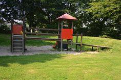 Und hier Bilder vom großen Spielplatz in Schelsen - leider ist dort seit meiner Kindheit nicht mehr viel los ...(26.07.2012)