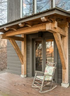 Beautiful, petite recycled porch adds a sense of entry. http://homesteadtimberframes.com/wp-content/uploads/2013/10/gb1401241-201-e1408036443285.jpg