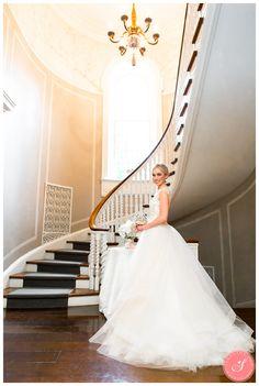 Toronto Estates of Sunnybrook McLean House Wedding Photos: Ashley & Raoul