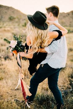 Boho engagement shoot in Joshua Tree #WeddingPhotographyForWonderfulLastingMemories